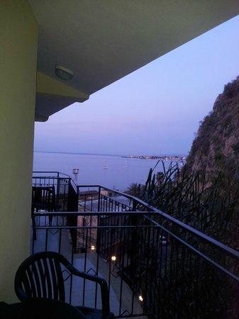 Hotel Corallo: Mare