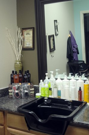 Spa 33: Hair Styling Station