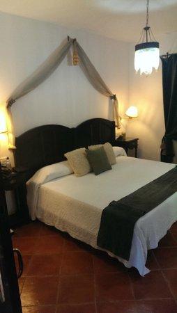 Malaga Hotel Picasso: Bedroom