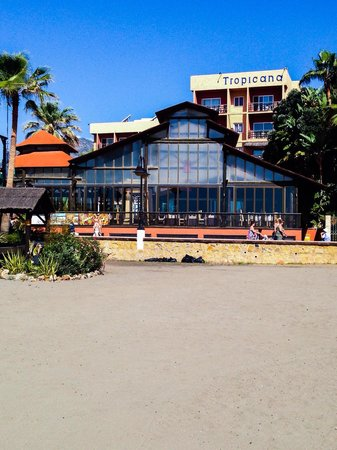 Hotel Tropicana: View from beach