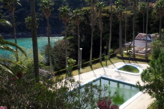 Shimoda Tokyu Hotel: The outdoor pool (not available in April).