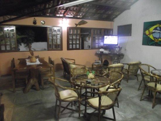Pousada Pau Brasil : Ambiente do café da manhã