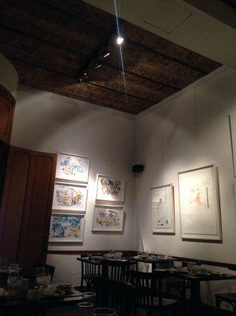 A Hotel  Art Gallery : Café