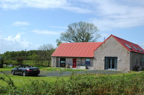 Gigha Hotel : the stables at the steadings