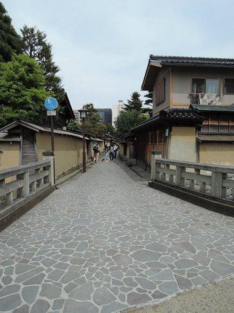 Nagamachi District : きれいな通りです。
