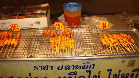 Banana Fan Sea Resort: Night Market Chaweng
