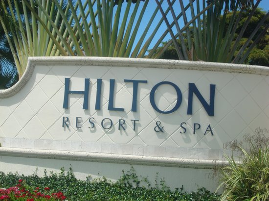 Hilton Marco Island Beach Resort : entrance