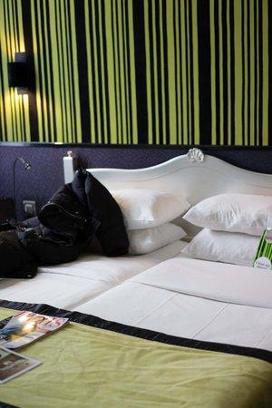 Hotel Design Sorbonne: Bed