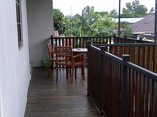Shafwah Inn: Balcony