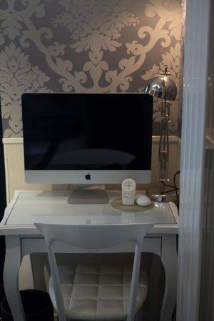 Hotel Design Sorbonne : iMac