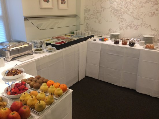 Design Hotel Stadt Rosenheim: Part of the breakfast selection