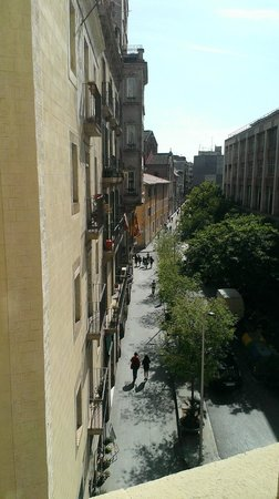 Catalonia Ramblas : Back of the hotel from my bedroom