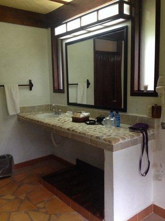 Chan-Kah Resort Village: Bathroom
