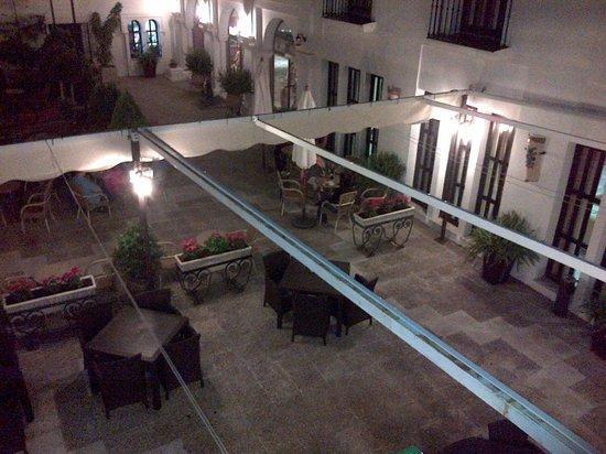 ILUNION Hacienda del Sol: Night view from our room