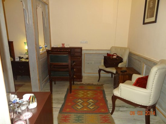 Hotel Udai Kothi : vue de la chambre partie