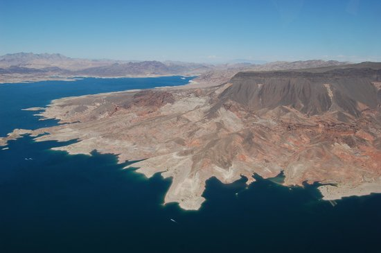 Papillon Grand Canyon Helicopters : Mead lake sight from the helicopter