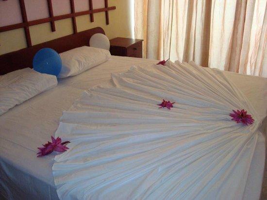 WASANA Beach Hotel & Restaurant : Guest Room