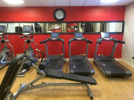 The Cheshire : Best Fitness Center we've ever seen in a hotel