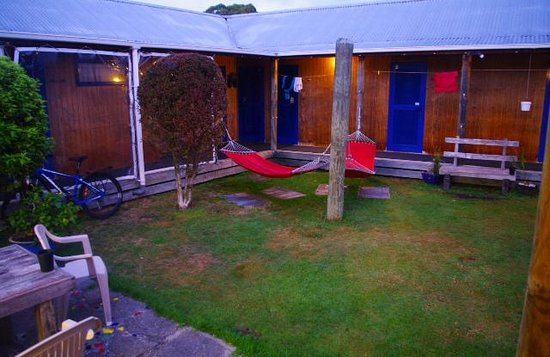 Extreme Backpackers: Inner courtyard
