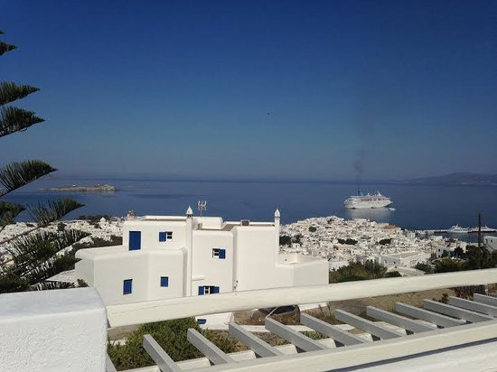 Alkyon Hotel: View from the pool