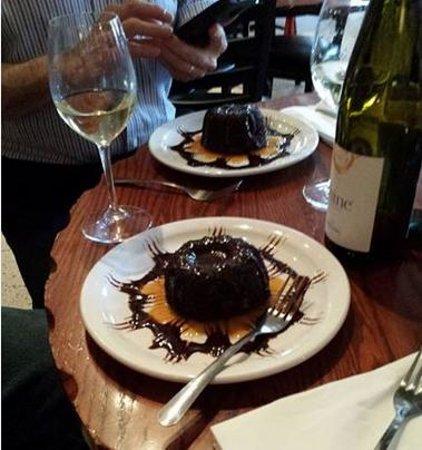 Wine Guyz: Lava cake (mini bundt)