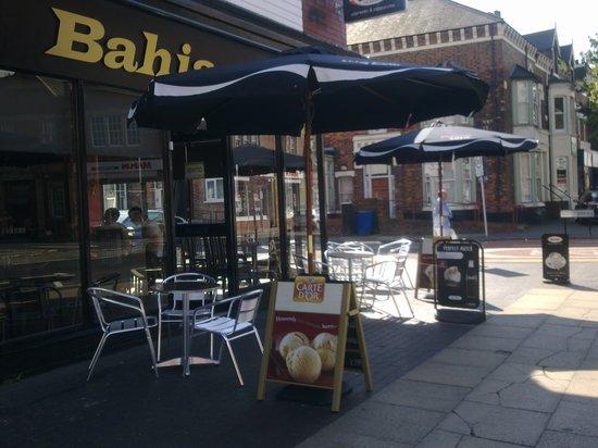 Cafe Bahia: Al fresco !