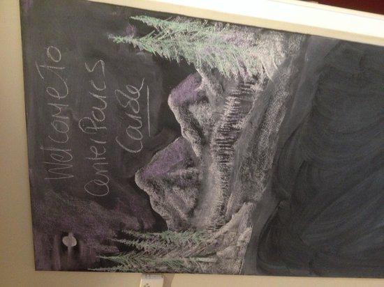 Center Parcs Longleat Forest: Our lovely chalk drawing by the cleaner