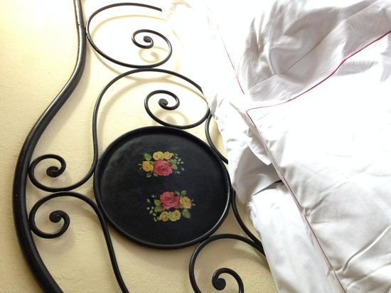 Hotel Belvedere Di San Leonino: the bed