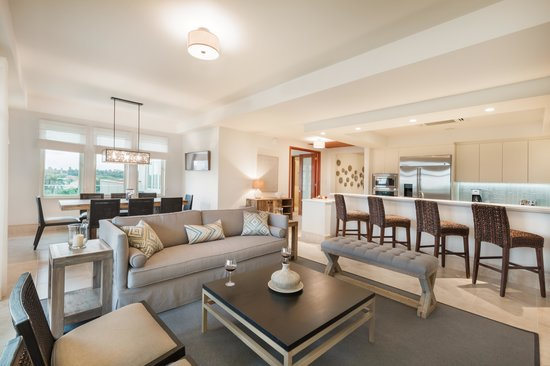 Plantation Resort Residences at Dorado Beach: Spacious Living Areas