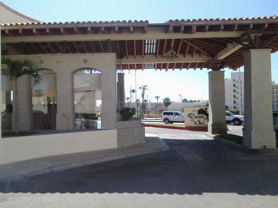 Hotel Quinta Del Sol: Entrance to hotel