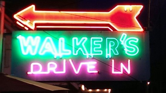 Walker's Drive In: Hard to miss the sign
