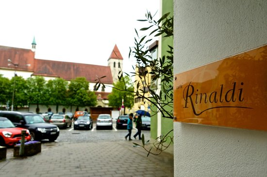 Caffe Rinaldi: door sign as you enter