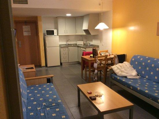Terralta Apartamentos Turisticos : living room