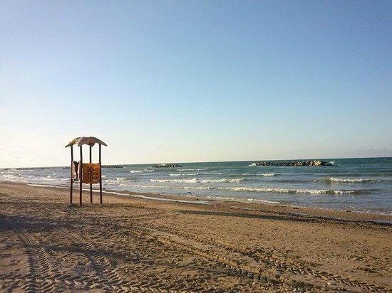 Spiaggia camping francavilla al mare foto di camping for Mobilia arredamenti francavilla al mare