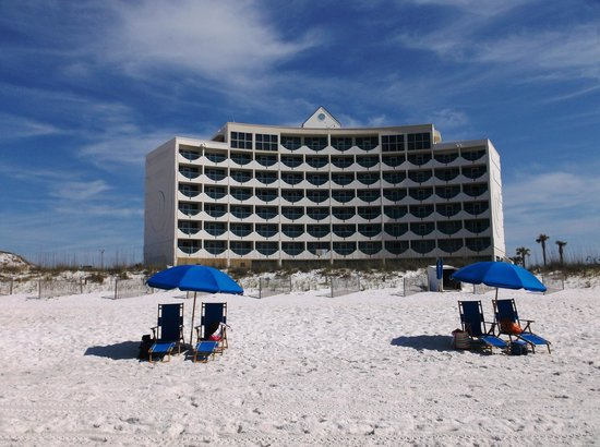 Holiday Inn Express Pensacola Beach: Hotel, from the beach