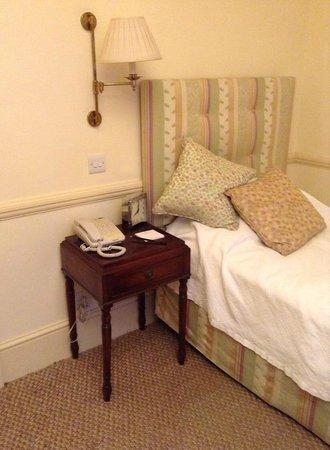 Durrants Hotel: Bed room room 224