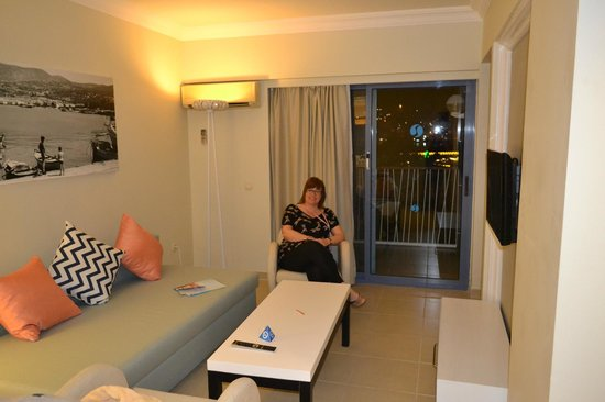 SENTIDO Marina Suites- Adult Only: room