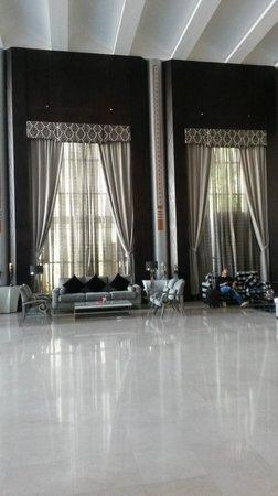 The Juffair Grand Hotel : Hotel lobby