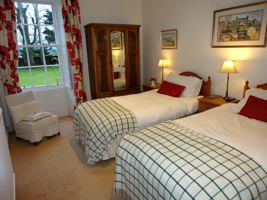 Inverbrora Farm B&B: Twin ensuite
