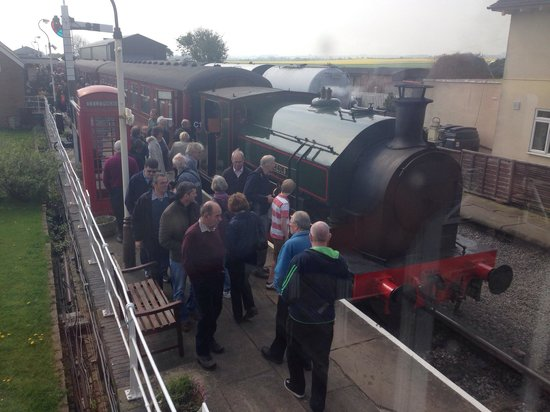 Lincolnshire Wolds Railway: Easter gala 2014