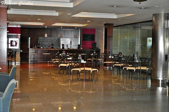 Tryp Jerez Hotel: Bar