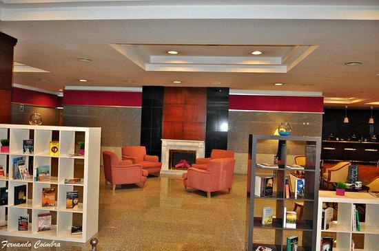 Tryp Jerez Hotel: Lobby
