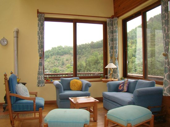 Soulitude in the Himalayas: lobby