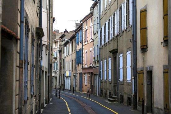 La Villa De Mazamet: A quiet street in Mazamet within easy walking of the Villa.