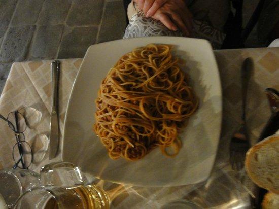 La Rivetta: Spaghetti bolognaise