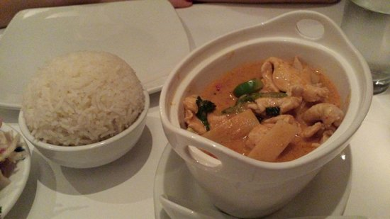 Restaurant Maison Phayathai: Yellow curry with steamed rice