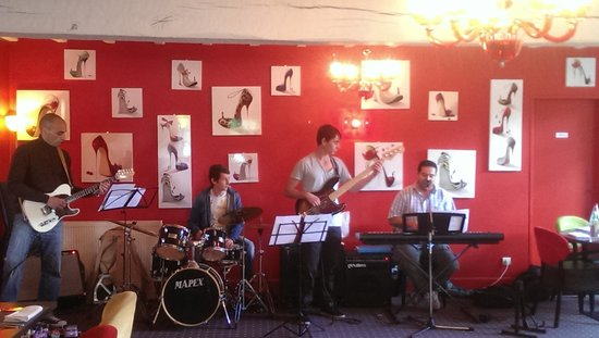 Music @ les canisses