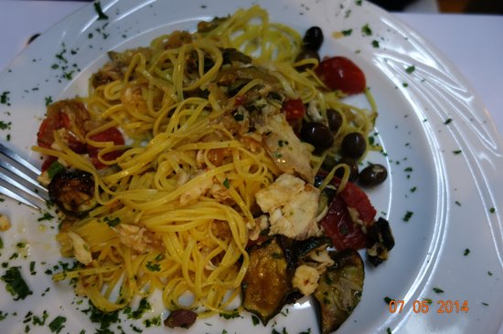 Le Fellini: Spaghetti mit Gemüse u. Lobster traumhaft