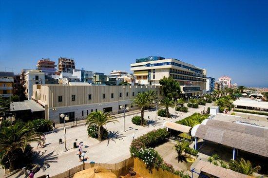 Copacabana hotel design bewertungen fotos for Design hotel dolomiten italien