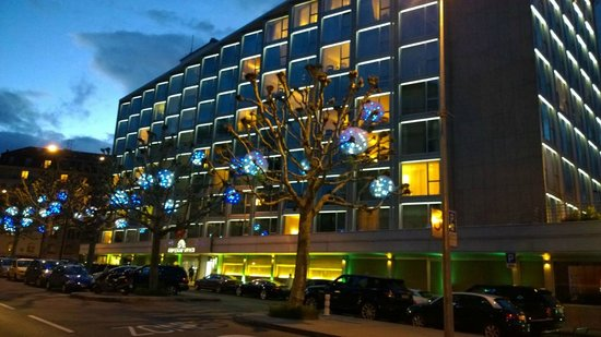Hotel President Wilson: вид снаружи
